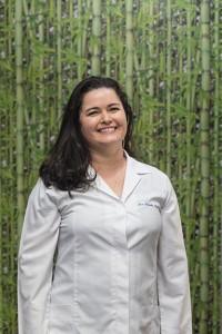 Cláudia Corá - Personal Trainer na Studio Eco